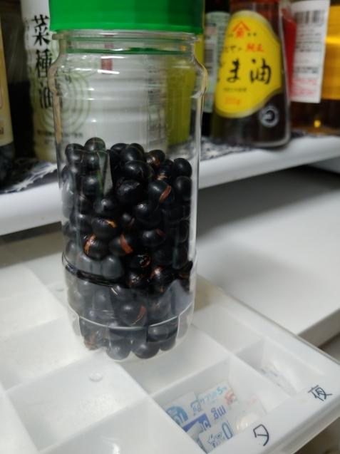黒豆_c0162773_17475690.jpg