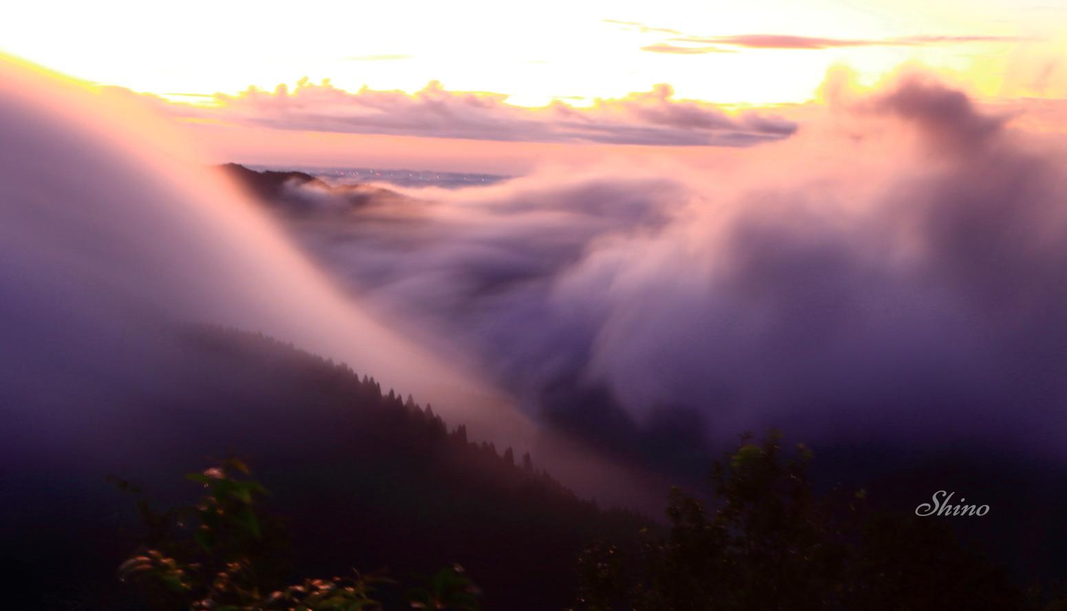 峠の朝 - きまぐれデジタルフォト