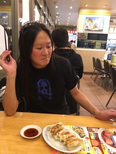 昨日餃子の満洲〆は炒飯、やはりハーフにすればよかった_d0061678_12051792.jpg