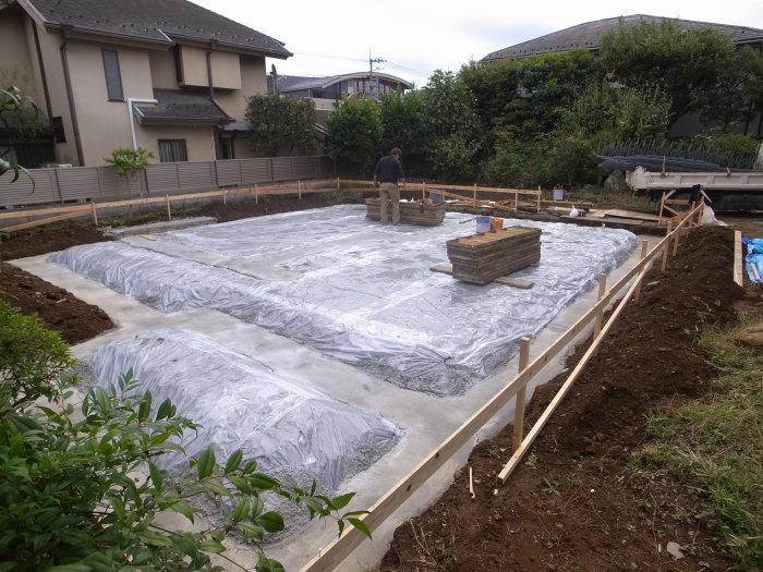 吉祥寺東町の家-基礎工事始まる_f0223603_17022888.jpg