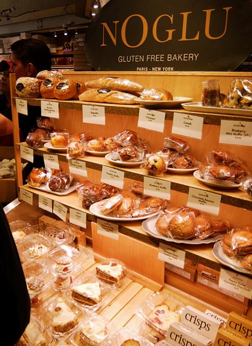 美味しそうなパンやケーキいっぱいのEli Zabar\'s Bread & Pastry_b0007805_04101901.jpg