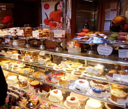 美味しそうなパンやケーキいっぱいのEli Zabar\'s Bread & Pastry_b0007805_04444600.jpg