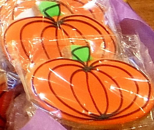 ハロウィンらしいお化けのクッキー、などなど_b0007805_04473797.jpg