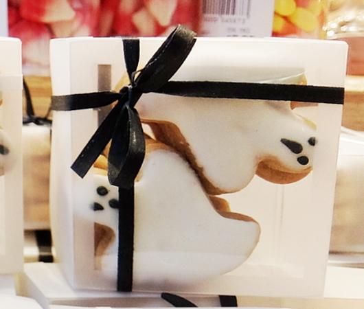 ハロウィンらしいお化けのクッキー、などなど_b0007805_04481839.jpg