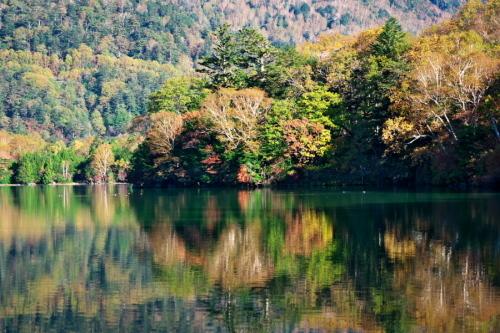 奥日光 湯ノ湖の紅葉の始まり1_a0263109_19262372.jpg