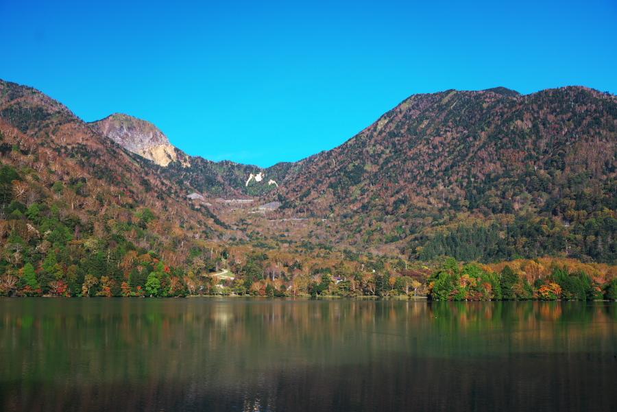 奥日光 湯ノ湖の紅葉の始まり1_a0263109_19271561.jpg