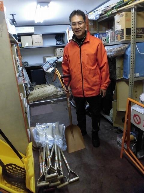 NPOふじ環境倶楽部で台風19号で被災した長野市に支援物資を運搬・納入_f0141310_09013126.jpg