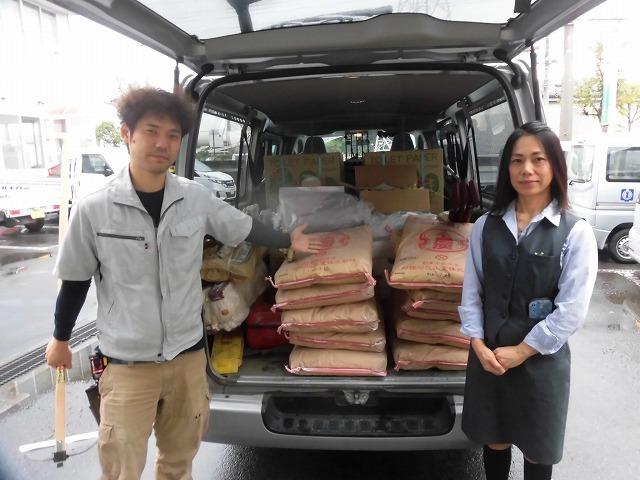 NPOふじ環境倶楽部で台風19号で被災した長野市に支援物資を運搬・納入_f0141310_09013829.jpg