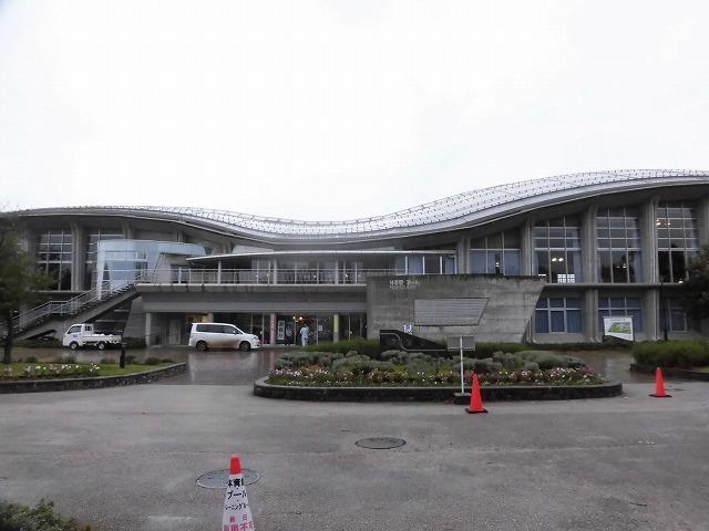 NPOふじ環境倶楽部で台風19号で被災した長野市に支援物資を運搬・納入_f0141310_09015632.jpg