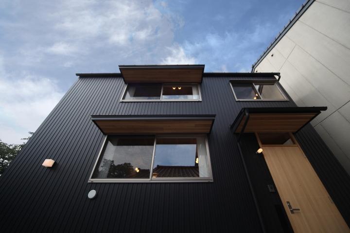 「東町の家」竣工写真_b0179213_17293415.jpg