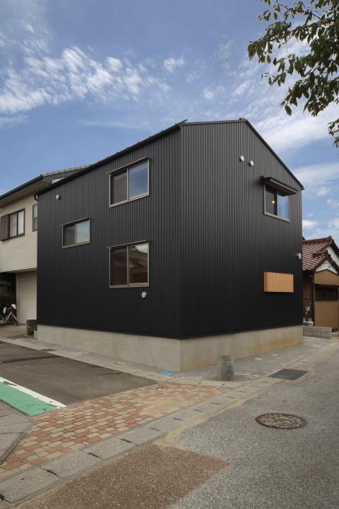 「東町の家」竣工写真_b0179213_17294383.jpg