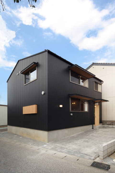 「東町の家」竣工写真_b0179213_17295460.jpg