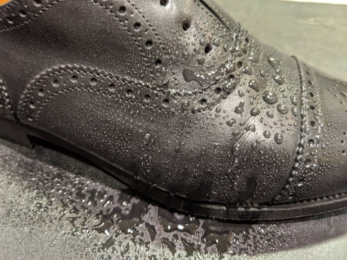 革靴が雨に濡れてしまった時_b0226322_19211329.jpg