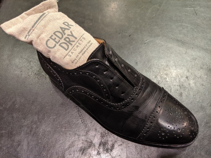 革靴が雨に濡れてしまった時_b0226322_19211885.jpg