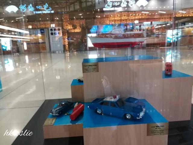 香港國際機場二號客運大樓到着_b0248150_13413976.jpg