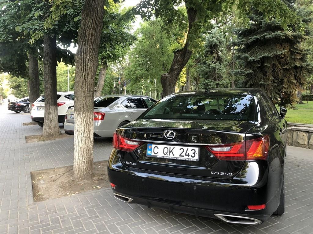 キシナウのホテルBRISTOL@モルドヴァ_a0092659_17435161.jpg