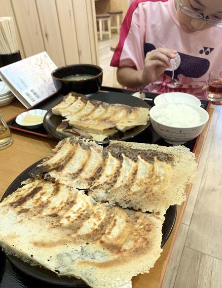 ランチ限定の美味しい餃子 再びw_f0141971_10310649.jpg