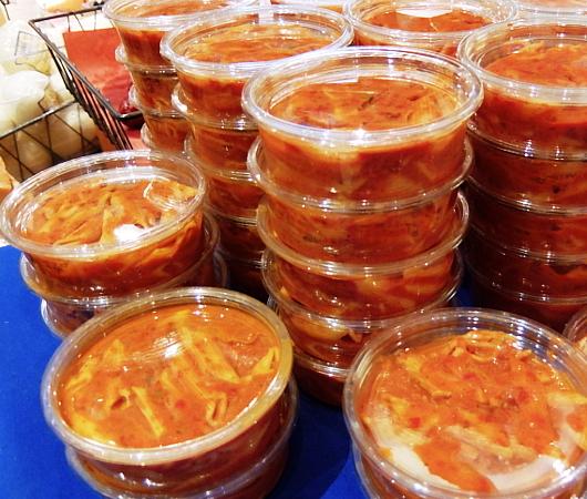 『ぐるぐる巻いて美味しくする』老舗イタリア系食材屋さん、Ceriello Fine Foods_b0007805_02284586.jpg