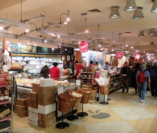 NY No1老舗チーズ屋、マレーズ・チーズの『2ドル食』はやっぱりチーズ_b0007805_02444693.jpg