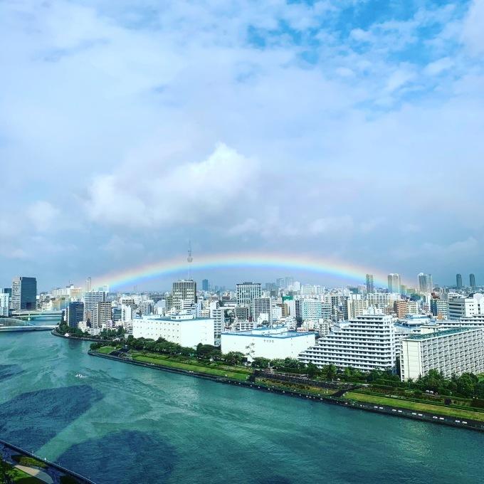 日出ずる国に虹が架かる。_f0115311_23193874.jpeg