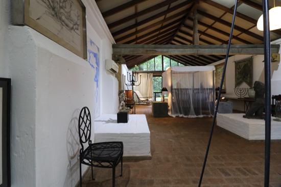 ■ Geoffrey Bawa (ジェフリー・バワ)の美学にふれるスリランカの旅 4日目 ルヌガンガ_f0165030_15404730.jpg