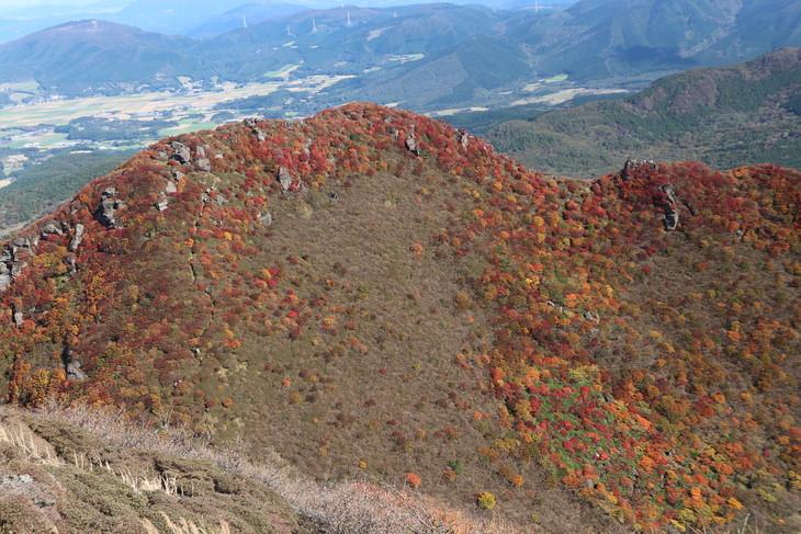 三俣山の紅葉に感動する!(令和元年10月22日)_e0272335_2021172.jpg