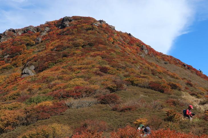三俣山の紅葉に感動する!(令和元年10月22日)_e0272335_20322876.jpg