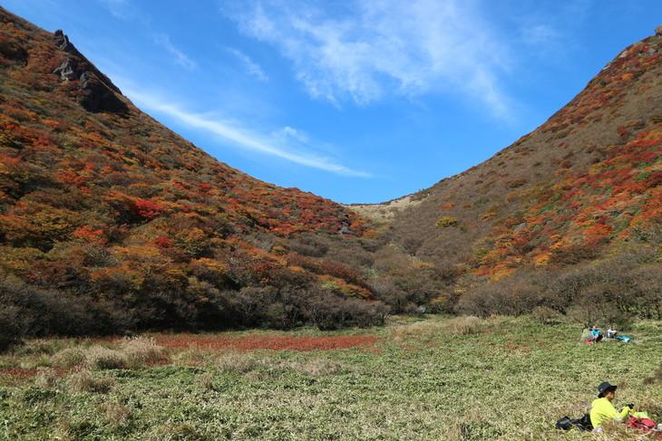 三俣山の紅葉に感動する!(令和元年10月22日)_e0272335_20344691.jpg
