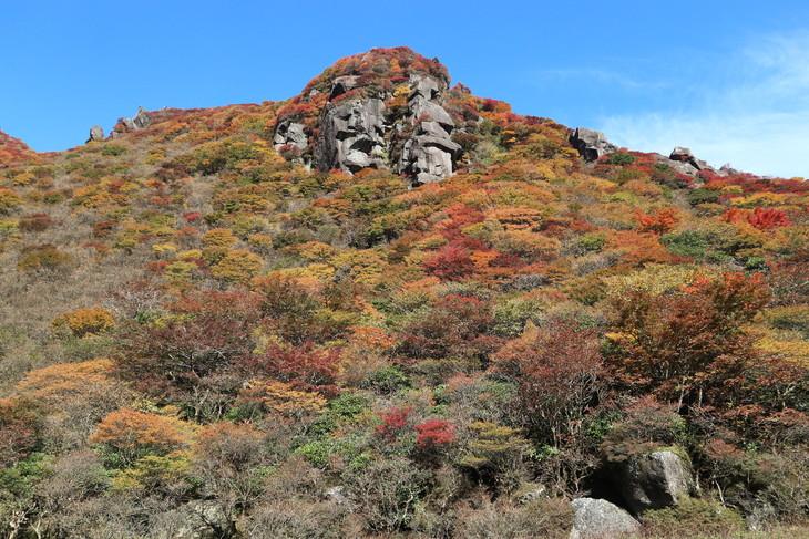 三俣山の紅葉に感動する!(令和元年10月22日)_e0272335_20351478.jpg