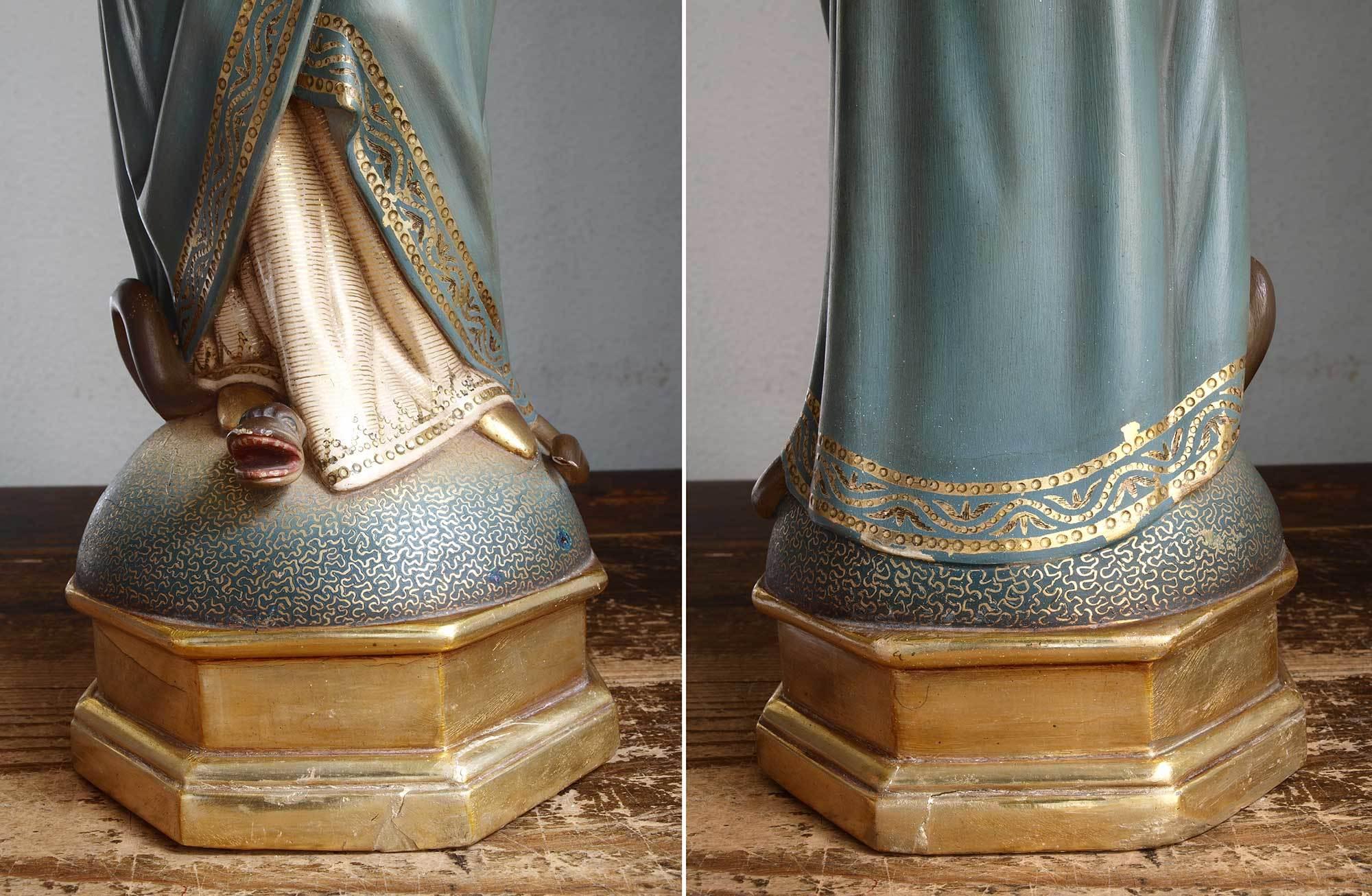 胸に手を当てる聖母マリア像   /G694_e0324838_01572470.jpg