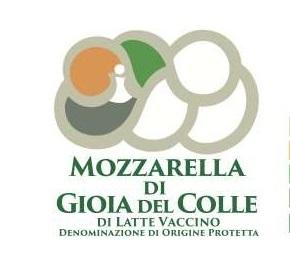 まもなくMozzarella di Gioia del Colle DOPが誕生!_b0305039_20293596.jpg