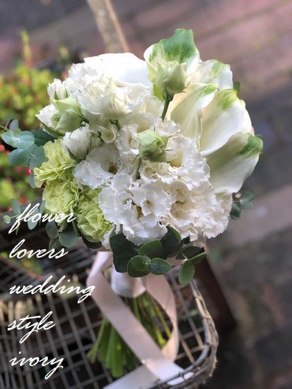 週末の婚礼から〜♬_b0094378_20275956.jpeg