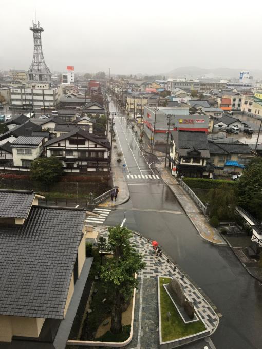 雨の中の遠野市…_c0162404_10063912.jpg