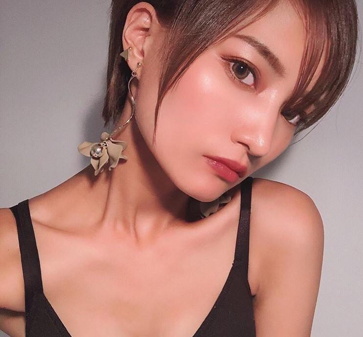 maki hayashi_e0115904_18444802.jpg