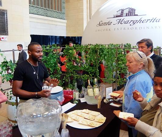 サンタ・マルゲリータの無料のワイン・テイスティング・イベント、#FollowTheVine_b0007805_06244817.jpg
