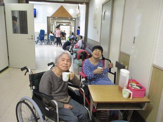 10/22 日中活動_a0154110_09120059.jpg