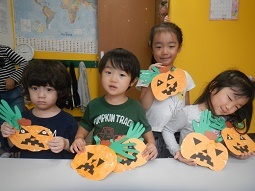 Halloween Craft_f0153418_08594482.jpg