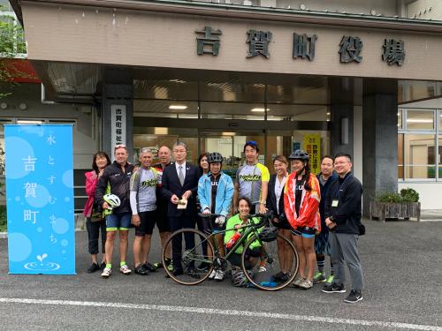 ハワイからサイクリングツアーで10名が来町_d0025421_17104552.jpg