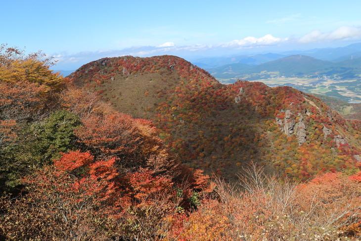 三俣山の紅葉に感動する!(令和元年10月22日)_e0272335_7383963.jpg