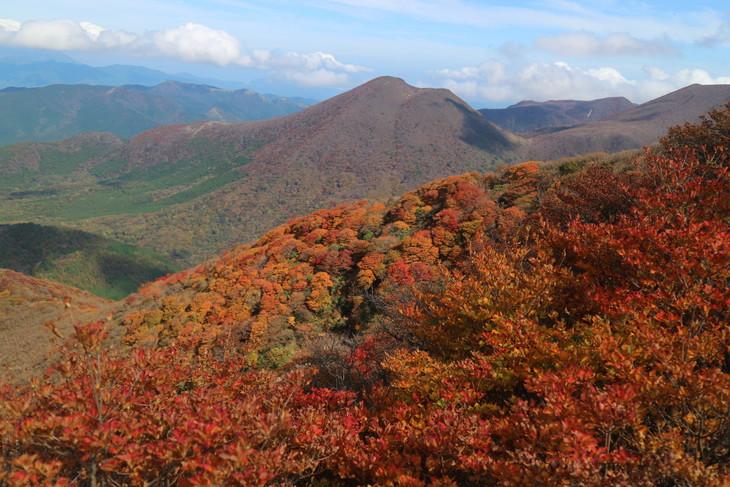 三俣山の紅葉に感動する!(令和元年10月22日)_e0272335_7405420.jpg