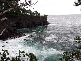 【城ヶ崎海岸と八幡野自然散策】_e0093046_11520209.jpg