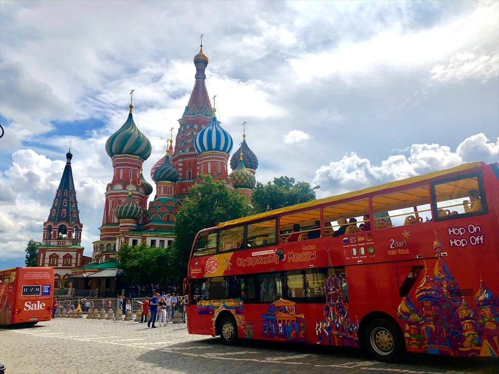 乗り継ぎ時間が長すぎて、しばしモスクワ観光へ_a0092659_22275683.jpg