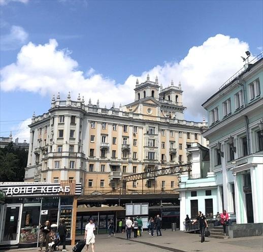 乗り継ぎ時間が長すぎて、しばしモスクワ観光へ_a0092659_22573596.jpg