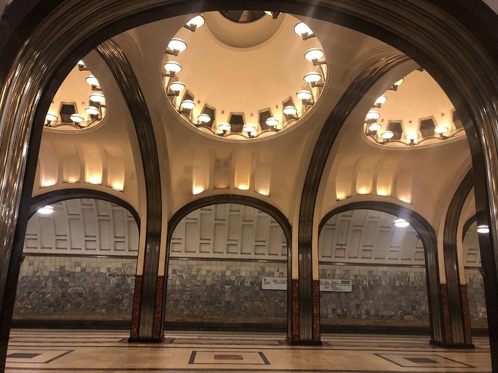 乗り継ぎ時間が長すぎて、しばしモスクワ観光へ_a0092659_23154983.jpg