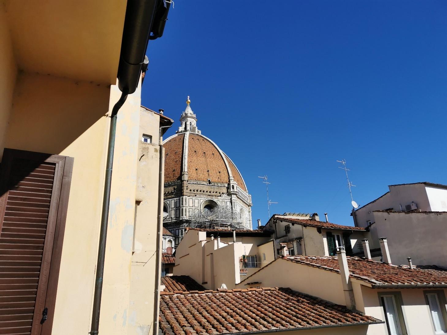 テラスで楽しむフィレンツェ滞在_f0106597_15090079.jpg