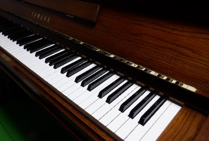 突然 ピアノ_e0077899_16493254.jpg