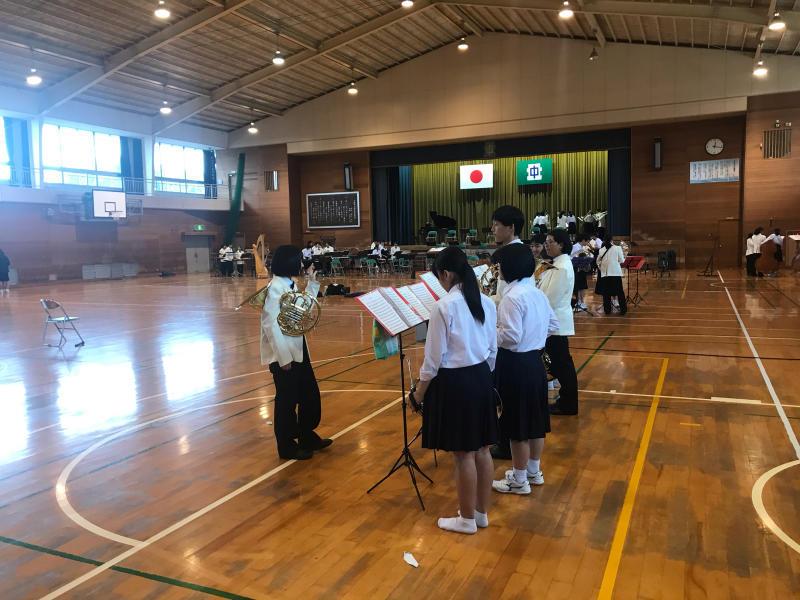 今日は、朝から倉敷市立北中学校にお邪魔しています!_d0016622_15343900.jpg
