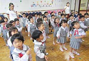 最近の幼稚園_e0325335_11305541.jpg