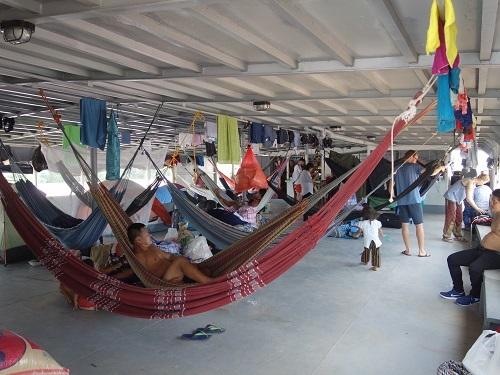 イキトス行き貨客船、カルロス・アントニオ4号での2泊3日、全6食_c0030645_12082216.jpg