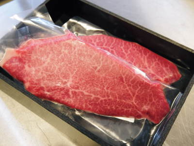 中野畜産さんの黒毛和牛100%のハンバーグステーキができるまでを潜入取材!その1_a0254656_17442228.jpg